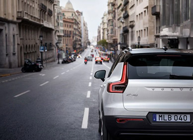 Volvo XC40 Refina la conducción